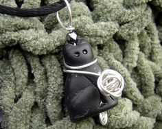 Black Cat With Ball of Yarn Pendant - Kitty Sterling Silver Wire Necklace - Knitting Jewelry - Cat Lover