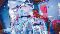Siete de cada diez argentinos pagarían por sexo en el Mundial.  7 de cada 10 varones que se quedarán observando por televisión la participación de la Selección respondieron que pagarían por sexo si tuvieran la chance de viajar al evento deportivo, según encuesta de Diario Popular. http://www.diariopopular.com.ar/c191977