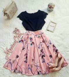 Graduation Outfit Ideas For Every Style Teen Fashion Outfits, Cute Fashion, Trendy Outfits, Girl Fashion, Fashion Dresses, Skirt Outfits, Pretty Dresses, Beautiful Outfits, Dress To Impress