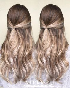 Here's Every Last Bit of Balayage Blonde Hair Color Inspiration You Need. balayage is a freehand painting technique, usually focusing on the top layer of hair, resulting in a more natural and dimensional approach to highlighting. Balayage Hair Caramel, Balayage Blond, Hair Color Balayage, Balayage Hairstyle, Blonde Highlights, Caramel Blonde, Caramel Color, Balyage Long Hair, Blonde Balyage