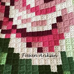 This Pin was discovered by HUZ Designer Knitting Patterns, Crochet Square Patterns, Crochet Squares, Crochet Blanket Patterns, Baby Knitting Patterns, Quilt Patterns, Annie's Crochet, Manta Crochet, Crochet Granny