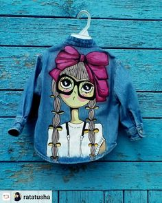 Painted Denim Jacket, Painted Jeans, Painted Clothes, Dress Painting, T Shirt Painting, Fabric Painting, Gilet Jeans, Paint Shirts, Hand Painted Fabric