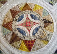 Camelot quilt block (I'm thinking Compass here) Circle Quilts, Star Quilts, Quilt Block Patterns, Quilt Blocks, Quilting Projects, Quilting Designs, Civil War Quilts, Sampler Quilts, English Paper Piecing