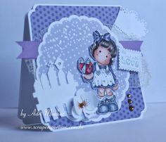 Cartão com Tilda With Wrapped Heart