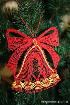 Christmas Decorations, Christmas Ornaments, Holiday Decor, Lace Heart, Lace Jewelry, Lace Making, Bobbin Lace, Plant Hanger, Lace Detail