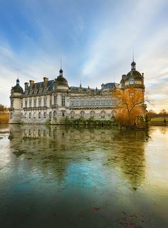Château de Chantilly, Oise, Picardy / Picardie, France   http://www.pinterest.com/adisavoiaditrev/