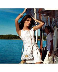 http://parisbolsas.com.br/bolsa-louis-vuitton-eva-clutch-damier-azur as Femininas, Bolsas Réplicas, Réplica Bolsas de Marca, Bolsa Victor Hugo, Bolsa Louis Vuitton, Bolsa Chanel, Bolsa Gucci e Bolsa Burberry é aqui! Bolsa Louis Vuitton Eva Clutch Damier Azur Couro Legitimo | Compre Réplica de Bolsa Feminina com o melhor preço em Bolsa Replica, Bolsas Victor Hugo, Bolsas Louis Vuitton, Bolsas Chanel, Bolsas Gucci, Bolsas Burberry de 1ª linha AAA e Carteira Replica em São Paulo/SP Brasil