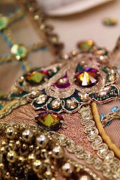 Lovely Swarovski Rivolli Sew-On Jewels http://rhinestonz.co.nz/Product/Rhinestones-Sew-On/Swarovski-Rivolli-Art-3200-Volcano-12mm