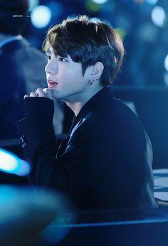 Jungkook ❤ BTS at the 2016 SAF Gayo Daejun (161226) #BTS #방탄소년단
