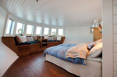 Dream: To Live on a Boat in Sweden | Skimbaco Lifestyle by Katja Presnal: Lifestyle | Travel | Home Decorating | Food | Fashion | Family