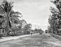 """I love how you can enlarge this soooo big and see every detail....  I feel like I could step right into it and talk to these people.  So cool! Circa 1910. """"Hotel Halcyon and Avenue B looking north -- Miami, Fla."""""""