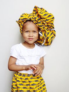 Finding African clothing for your little one can some time require some  serious searching on google or tracking down an African themed market close  to your area. To save you the hassle we've put together a list of cute  African clothing shops selling African inspired clothing for kids.