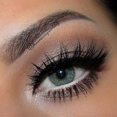 20 Beauty Hacks All Lazy Girls Will Approve Of white eyeliner makes your eyes pop! – Das schönste Make-up Pretty Makeup, Love Makeup, Makeup Inspo, Makeup Inspiration, Makeup Tips, Makeup Looks, Makeup Ideas, Makeup Basics, Awesome Makeup