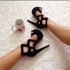 schwarze hochhackige Schuhe  Damenschuhe  hochhackige  schuhe  schwarze  Sandali Da Donna b7ef1b1c9eb