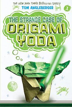 Not so long ago, in a middle school not so far away, a sixth grader named Dwight folded an origami finger puppet of Yoda. For class oddball Dwight, this wasn't weird. The Strange Case of Origami Yoda (Origami Yoda series Book by Tom Angleberger Kids Reading, Guided Reading, Reading 2016, Origami Yoda Book, Strange Things Are Happening, Weird Things, Star Wars Origami, Funny Books For Kids, Star Wars Books