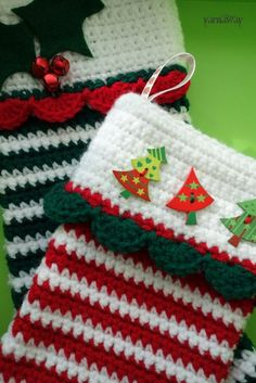 yarnaway: a crochet scrapbook: magic