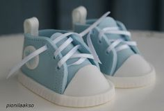 instructions on how to make these sneakers!