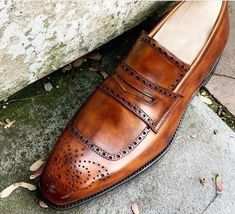 New Handmade Men's Brown Leather Brogue Toe Penny Loafer Shoes, Men Designer Dress Formal Luxury Shoes  Shoes Detail  Upper: High Quality Leather Inner: soft leather  Sole:Leather Gender:Male Heel:Leather Totally Hand stitched Manufacturing time 7-10 business days If you can't find your Size/Color just send us message we will make for you.  Measurement Size. (required measurement for better fit) We can custom make these Boots in ALL sizes; The standard measurements are given in SIZE CHART IMAGE. Handmade Leather Shoes, Brown Leather Shoes, Leather Loafer Shoes, Leather Moccasins, Soft Leather, Brown Suede, Leather Vest, Leather Tassel, Cowhide Leather