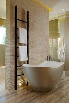 Ideen Badezimmer Design Gestaltung Modern Naturstein Badewanne Freistehend