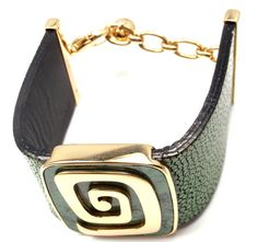Bulgari Green Garnet Stingray Yellow Gold Cuff Bracelet image 10