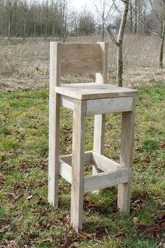 Diy Bar Stools, Diy Stool, Wooden Stools, Pallet Furniture Chairs, Pallet Chair, Industrial Furniture, Diy Table, Wood Table, Bar En Palette