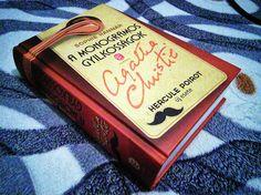 Hercule Poirot feltámasztották, de mennyire maradt a régi? Ugyanúgy vág az esze mint régen, vagy esetleg megváltozott?