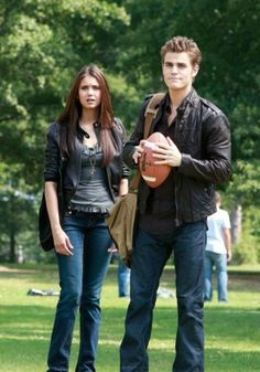 Picture: Nina Dobrev and Paul Wesley on The CW's 'The Vampire Diaries.' Pic is in a photo gallery for Paul Wesley featuring 143 pictures. Vampire Diaries Stefan, Vampire Diaries Outfits, Serie The Vampire Diaries, Paul Wesley Vampire Diaries, Vampire Diaries Poster, Vampire Diaries Wallpaper, Vampire Diaries The Originals, Stefan Salvatore, Katherine Pierce