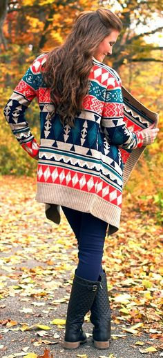 LoLoBu - Women look, Fashion and Style Ideas and Inspiration, Dress and Skirt Look Looks Chic, Looks Style, Fall Winter Outfits, Autumn Winter Fashion, Tribal Cardigan, Oversized Cardigan, Big Cardigan, Cardigan Sweaters, Fall Cardigan