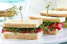 Dani Venn's quick salmon gravlax & beetroot finger sandwiches are a delicious picnic snack. Finger Sandwiches, Tea Sandwiches, Lemon Syrup Cake, Vegan Teas, Picnic Snacks, Best Party Food, Snacks To Make, Beetroot, Sandwich Recipes
