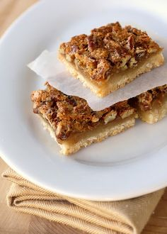 I love pecan pie.  Can't wait to try these.