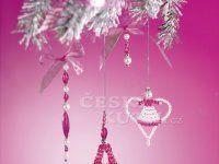 V růžovostříbrné - nápadité ozdoby Beaded Ornaments, Christmas Things, Petra, Gifts, Presents, Favors, Gift