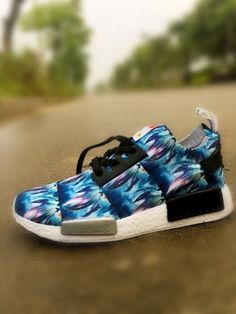 Adidas Originals NMD men women shoes Size 36-44 f19e2d51ce6