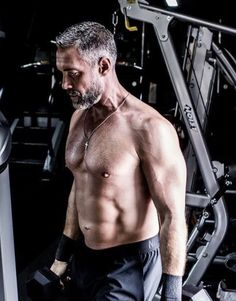 Better Off Ted, Grey Beards, Hollywood Men, Men With Grey Hair, Hot Actors, Mature Men, Older Men, Attractive Men, Perfect Man
