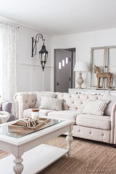 Winter Living Room Refresh – Love Grows Wild A beautiful farmhouse living room that feels cozy, bright, and totally charming! Comfortable Living Rooms, Cozy Living Rooms, My Living Room, Living Room Interior, Home And Living, Living Room Decor, Living Spaces, Small Living Room Design, Living Room Images