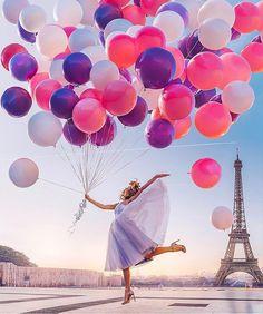 Best Places To Go: Eiffel Tower - Paris 💜💜💜 Pic by ✨ . for a feature 💜 Paris Pictures, Cute Pictures, Beautiful Pictures, Tour Eiffel, Photography Projects, Girl Photography, Eiffel Tower Photography, Foto Cowgirl, Le Vent Se Leve