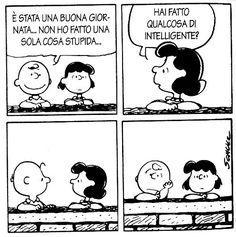 I Peanuts si raccontano Snoopy Comics, Funny Comics, Lucy Van Pelt, Common Phrases, Charlie Brown And Snoopy, Anti Stress, Peanuts Snoopy, Cartoon Art, Vignettes