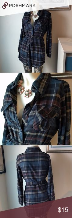 Flannel dress/shirt Super cute flannel. That can be wore as a dress or shirt... great for fall! Planet Gold Dresses Long Sleeve