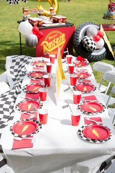 Lightning McQueen Guest Table from a Lightning McQueen Ka-Chow Birthday Party on Kara's Party Ideas | KarasPartyIdeas.com (22)