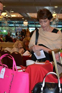 Handbag bidding