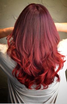 Red Highlights, Hair Inspo, Curls, Hair Color, Hairstyles, Long Hair Styles, Beauty, Haircuts, Haircolor