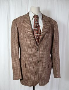1940s early 1950s Vintage Tweed Sport Coat.  Bold Look with Fabulous Vertical Stripes.