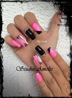 39 Trendy Nails Art Black Pink – Famous Last Words Pink Black Nails, Pink Nail Art, New Nail Art, Cool Nail Art, Nail Black, Gold Nail, White Nail, Trendy Nail Art, Stylish Nails