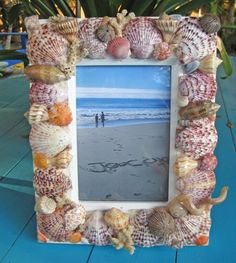 Seashell Picture Frame | 15 Easy Seashell Crafts To Bring The Beach Indoors