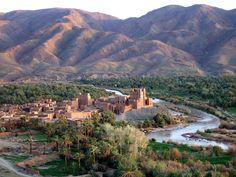 Coucher de soleil dans la vallee du Draa