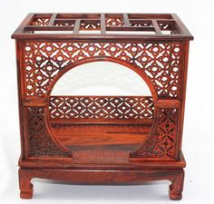 Rosewood carving crafts of Ming and Qing Dynasties micro miniature furniture rosewood shrines bed Home Furnishing display model