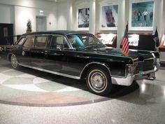 President Nixon's Lincoln Limousine