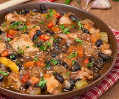 WW Recipes: Slow Cooker Pumpkin Black Bean Chili is easy, healthy & delicious - 162 calories, 2 Green SmartPoints Blue/Purple) Chili Recipe With Black Beans, Black Bean Recipes, Fall Recipes, Dinner Recipes, Healthy Recipes, Healthy Menu, Healthy Fit, Pollo Light, Planning Menu