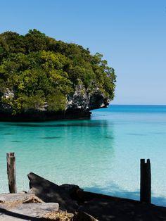 Ile des Pins - New Caledonia by Richard Reverte Vanuatu, South Pacific, Pacific Ocean, Royal Caribbean Cruise, Ocean Beach, Fiji, Continents, Beautiful Landscapes, Strand