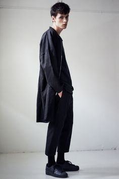 Wil Fry SS'16 Lookbook by Justin Hollar feat. Henry Stambler #menswear #fashion #Outfit #mode #style #inspiration #clothing