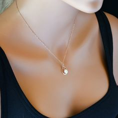 Infinity Pearl Necklace, Rose Gold, 14k Gold, Sterling Silver, Single Pearl necklace, Bridesmaid Gift, Wedding Jewelry